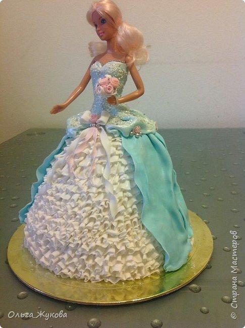 Всем доброго времени суток! Хочу показать мой новый тортик)) Принцесса. Внутри ванильный бисквит, молочная пропитка, творожный крем с кусочками ананаса.  фото 3