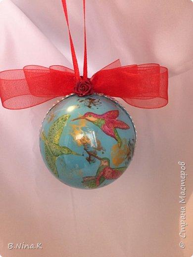 Приветствую всех жителей Страны Мастеров! Я к вам с новыми шарами. Продолжаю подготовку к Новому году. Шары пластик, разъемные.Обратный декупаж. фото 8