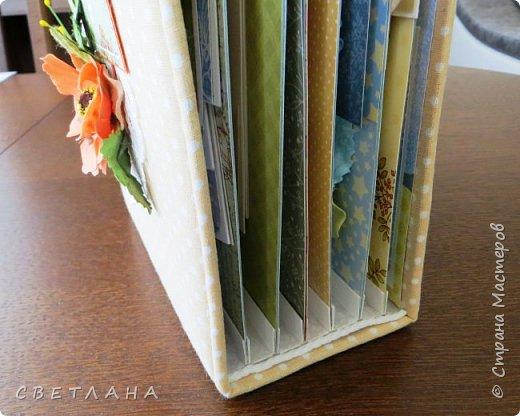 Альбом  - страницы 23х15, 7 разворотов,  помещается очень  много  фоток.  Сделала  практически  за  один  день ! фото 27