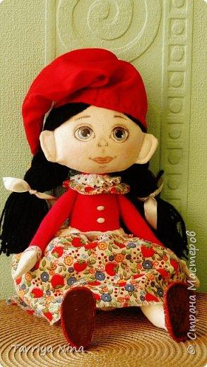 Текстильная кукла ,лицо расписано акриловыми красками.Волосы из шерстяной пряжи. Одежда-хлопок,трикотаж. фото 3