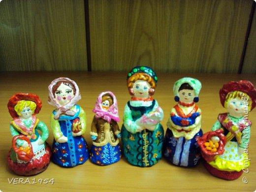 Добрый день, Страна! Продолжаю знакомить вас с нашими игрушками.   Ковровская глиняная игрушка - народный промысел, который образовался в районе  г. Коврова, на берегах Клязьмы. Возродившаяся в 90-е годы прошлого столетия, ковровская игрушка  завоевала любовь и признание во всем мире, покоряя сердца детей и взрослых своей красочностью, разнообразием сюжетов, добрым юмором. фото 1
