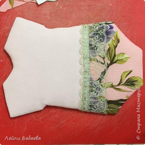 Альбом для девочки с мягкой тканевой обложкой. Выполнен в стиле скрапбукинг. Размер 20х17 см, 8 разворотов. фото 6