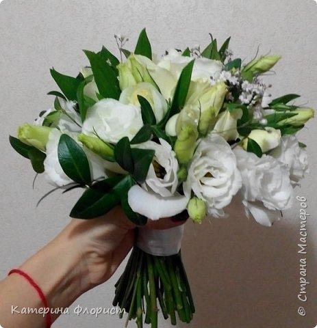 Эустомы и розы фото 15