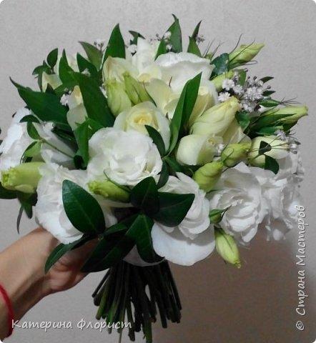 Эустомы и розы фото 14
