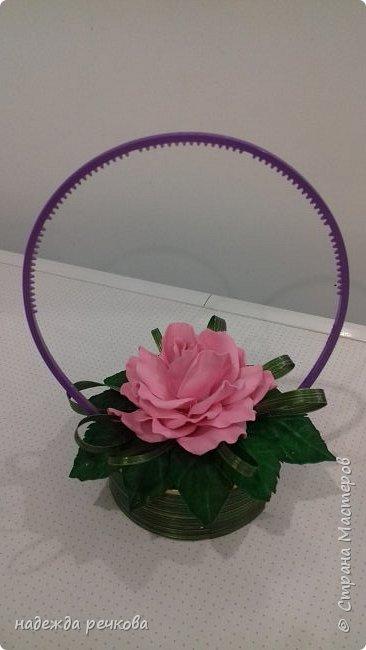 Добрый вечер мастера и мастерицы! Я с новыми поделками ,в этот раз композиции  с цветами из фома.Изготовлена на юболей свадьбы. фото 2