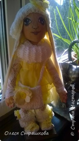 Тыквоголовка. Тряпичная куколка. Милая блондинка Алиса. На пуговичном креплении. Волосики-трассы для кукол. Ручки и ножки подвижные. Вся одежда снимается.  Стоит на подставочке.  фото 4