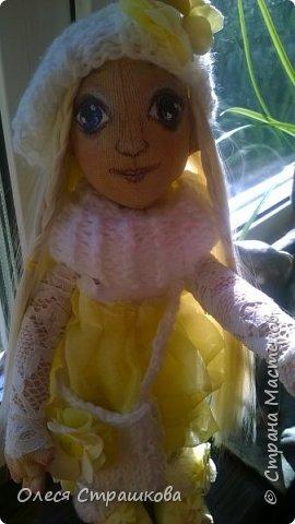 Тыквоголовка. Тряпичная куколка. Милая блондинка Алиса. На пуговичном креплении. Волосики-трассы для кукол. Ручки и ножки подвижные. Вся одежда снимается.  Стоит на подставочке.  фото 6