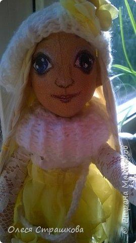 Тыквоголовка. Тряпичная куколка. Милая блондинка Алиса. На пуговичном креплении. Волосики-трассы для кукол. Ручки и ножки подвижные. Вся одежда снимается.  Стоит на подставочке.  фото 2