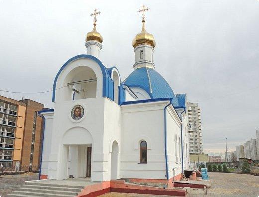 Церковь Илии Пророка в Северном Бутово Церковь. Действует.    Престолы:Илии Пророка  фото 2