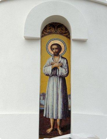Церковь Илии Пророка в Северном Бутово Церковь. Действует.    Престолы:Илии Пророка  фото 8