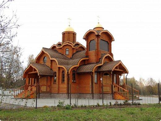 Деревянная церковь. Действует.  фото 2