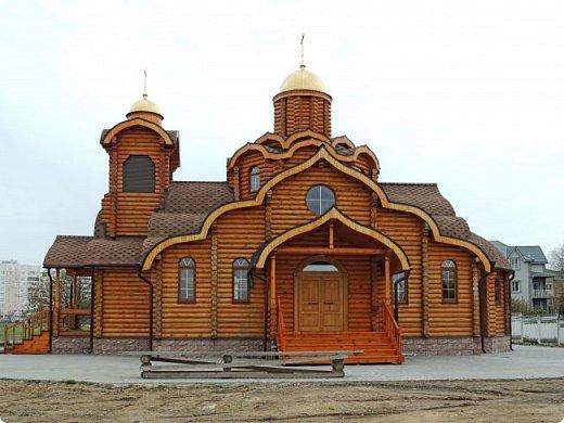 Деревянная церковь. Действует.  фото 3