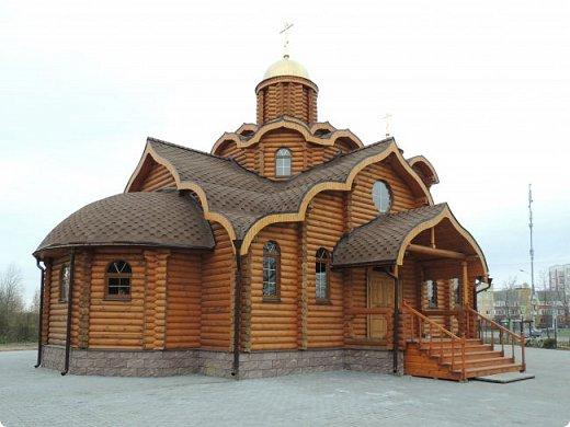 Деревянная церковь. Действует.  фото 5