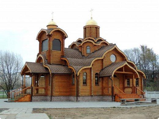 Деревянная церковь. Действует.  фото 7