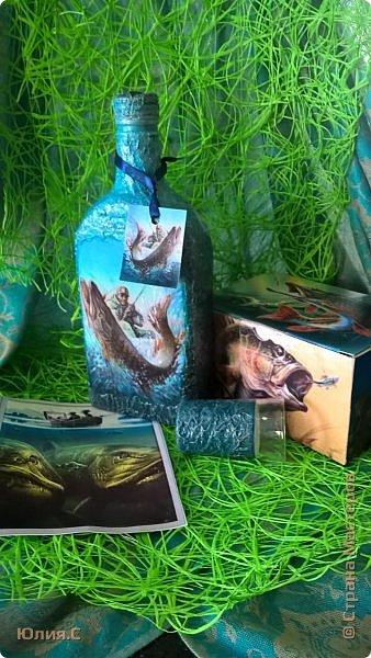 """Доброго времени суток! Представляю вашему вниманию подарочный набор """"Рыбацкое счастье"""". Набор сделан в подарок на день рождения другу большому любителю рыбалки.  Работала с удовольствием и любопытством: осваивала новый для меня способ работы с распечатками """"мордой в лак"""". Результатом осталась довольна (ой как не скромно!). В принципе ни чего сложного: вживление распечаток, по бокам шпаклевка, подрисовка и много лака. фото 1"""