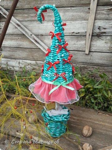 Добрый день!  Сегодня хочу поделиться своей ёлочкой. Очень мне нравится!  В традиционно новогодних цветах. фото 3