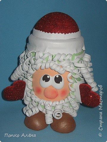 """Приветствую, жителей Страны Мастеров! Представляю Вам игрушки из фоамирана. Баночка для хранения конфет """"Дед Мороз"""". фото 1"""