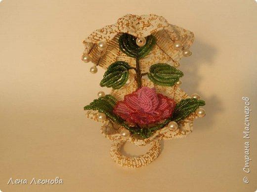 Начну с роз. Розы выполнены на совместном плетении под руководством Маины Азизовой. фото 9