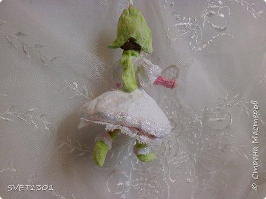 Вот такие ёлочные игрушки ( декупажу потихоньку!) я в этом году так же готовлю в подарки своим друзьям и друзьям дочери. фото 16