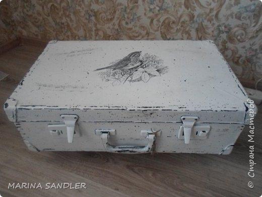"""Захелось очень чемодан в интерьер))) , долго искали, но  как  водится """" пришёл сам""""))), кривой, косой, да и ладно... фото 1"""