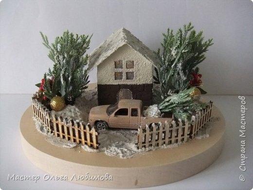 """""""По душе ходило весёлым ветром самое прекрасное и душистое на свете слово — «Рождество». Оно пахло вьюгой и колючими хвойными лапками."""" """"Рождество стояло у окна и рисовало на стёклах морозные цветы, ждало, когда в доме вымоют полы, расстелют половики, затеплят лампады перед иконами и впустят Его…"""" (Василий Акимович Никифоров-Волгин, сборник """"Серебряная метель"""")  фото 1"""