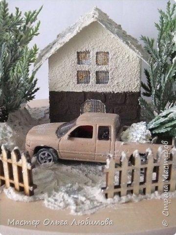 """""""По душе ходило весёлым ветром самое прекрасное и душистое на свете слово — «Рождество». Оно пахло вьюгой и колючими хвойными лапками."""" """"Рождество стояло у окна и рисовало на стёклах морозные цветы, ждало, когда в доме вымоют полы, расстелют половики, затеплят лампады перед иконами и впустят Его…"""" (Василий Акимович Никифоров-Волгин, сборник """"Серебряная метель"""")  фото 4"""