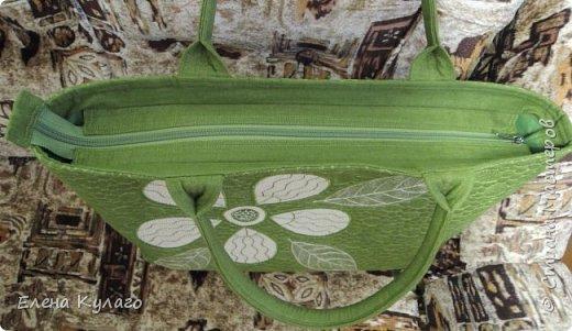 Текстильная сумка с аппликацией и свободно-ходовой машинной стежкой. Размер сумки 42х32х11 . Ткань - лен однотонный. Подкладка х/б ткани(бязь). фото 4