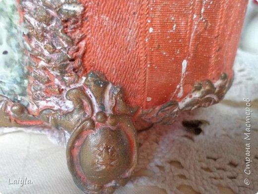 К вашему вниманию представляю 2 часть(первая  в предыдущем блоге).. За основу этого короба взято пластиковое ведро ..лепка из глины.салфетка.. фото 20