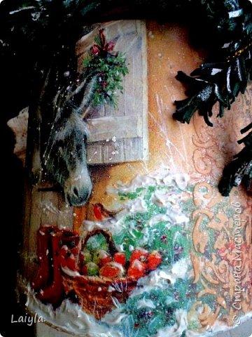 К вашему вниманию представляю 2 часть(первая  в предыдущем блоге).. За основу этого короба взято пластиковое ведро ..лепка из глины.салфетка.. фото 27
