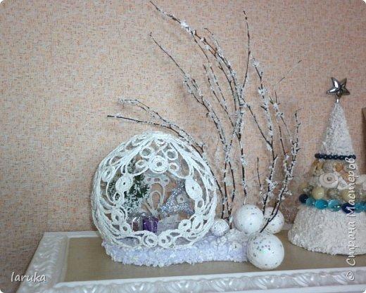 """Шар в технике """"джутовая филигрань"""", диаметр 19 см. Захотелось сделать новогоднюю композицию на камин. Вот что получилось. фото 8"""