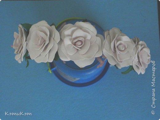 Маленькие розочки из фоамирана в украшениях фото 2