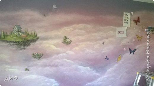 Роспись стены в детской комнате. Стена 4.5Х2.3 метра. Снято на мобильный, так что прошу прощения за качество фото. фото 22