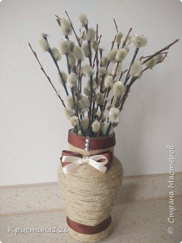 Нашла баночку, очень похожую по форме на вазочку ну и вдохновилась)). Очень хорошо туда вписались вербочки фото 1