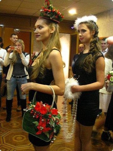 Всем большой привет! Сегодня состоялся в Москве фестиваль свит-дизайна и я спешу показать вам то, что мне удалось сфоткать (основные групповые самые интересные фотки у ВикиА) Это основной зал в котором и проходило всё это мероприятие.... ожиданий конечно это заведение не оправдало.... слишком громкое название, а организация на нуле... фото 28