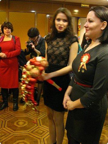 Всем большой привет! Сегодня состоялся в Москве фестиваль свит-дизайна и я спешу показать вам то, что мне удалось сфоткать (основные групповые самые интересные фотки у ВикиА) Это основной зал в котором и проходило всё это мероприятие.... ожиданий конечно это заведение не оправдало.... слишком громкое название, а организация на нуле... фото 32