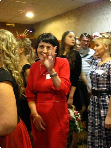 Всем большой привет! Сегодня состоялся в Москве фестиваль свит-дизайна и я спешу показать вам то, что мне удалось сфоткать (основные групповые самые интересные фотки у ВикиА) Это основной зал в котором и проходило всё это мероприятие.... ожиданий конечно это заведение не оправдало.... слишком громкое название, а организация на нуле... фото 35