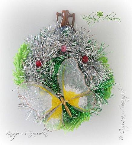 Я продолжаю практиковаться в изделиях из фоамирана. Сегодня хочу показать подарок на День Рождение для свекрови и Рождественские веночки. фото 5