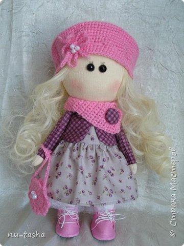 В продолжение темы http://stranamasterov.ru/node/1046004 шью куколок-малышек. Так приятно одевать этих милых девочек. В планах кукла со съемной одеждой, но пока не могу оторваться от этих крошек. Так что знакомьтесь- Розочка. фото 1