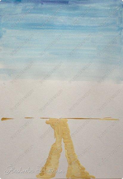 """Всех приветствую! За окном у многих уже зима, но я предлагаю вашему вниманию мастер-класс по рисованию осеннего пейзажа с храмом. Так сказать вспомнить какая была красивейшая золотая осень!  Этот МК мне посчастливилось провести на семинаре-практикуме """"Творчество, которое нас объединяет"""", который проходил в духовной столице Урала - городе Верхотурье. Поэтому решила обязательно, чтобы пейзаж был с храмом. Он очень простой, потому как аудитория предполагалась самая разная по возрасту и навыкам.   Для работы потребуются: бумага для акварели формата А-3, гуашь, кисти фото 3"""
