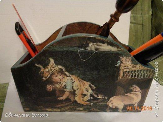 Карандашница. Декупаж распечатка и текстурная паста. Внутри морилка и лак. фото 1