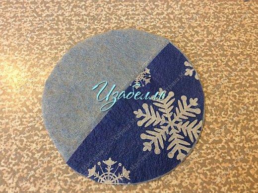 """Дорогие гости! На стене страны мастеров я увидела мк ангелов http://stranamasterov.ru/node/1052665#comment-14216906 из ватных дисков. Вдохновившись этой идеей (Спасибо, Ирине!) я решила поэкспериментировать.Для ангела необходимо: 1. Вискозные салфетки разных цветов (синие, желтые и т.д.); 2. Ватные диски; 3. клей карандаш и клей момент; 4. гель-блеск для декора крыльев и нимба; 5. ножницы и нитки """"Ирис""""; 6. Клей+ вода в равных пропорциях. фото 8"""