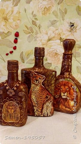 Бутылочки выполнены в смешанных техник,есть скорлупа от яиц,салфетки,бисер,природный засушенный материал фото 1