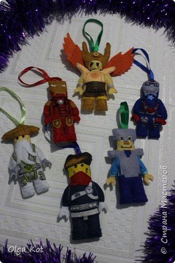 Делала на заказ для мальчика 8 лет. Он очень любит Лего и его мама решила ему к Дню Рождения сделать сюрприз. Я старалась как могла, и вот что получилось.  фото 7
