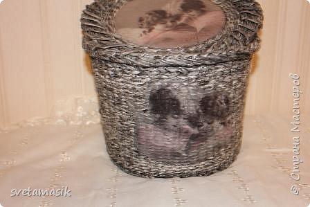 Плетенная корзина в винтажном стиле фото 2