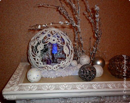 """Шар в технике """"джутовая филигрань"""", диаметр 19 см. Захотелось сделать новогоднюю композицию на камин. Вот что получилось. фото 10"""