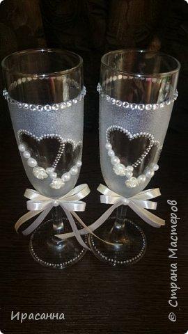 Свадебные бутылки делала впервые, так же как и фужеры. фото 4