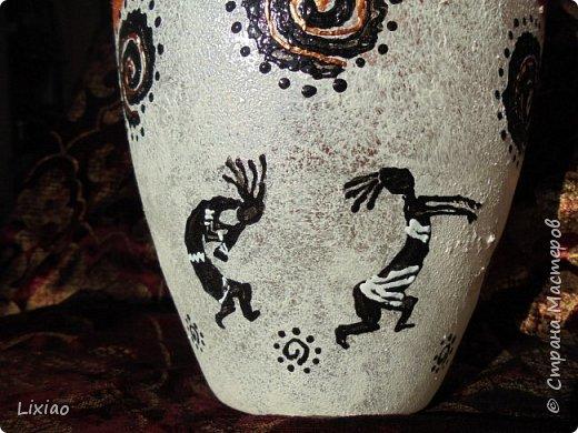 Доброго времени суток, каждому заглянувшему! Обязательные моменты в задумке были: человечки из африканского племени и разделение вазы на две части. Итог перед Вами. фото 7