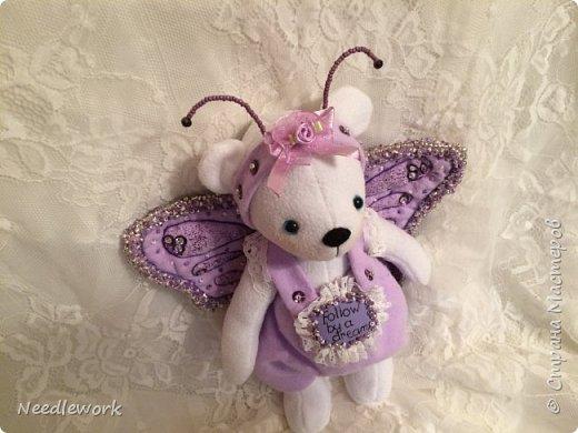 Сегодня я расскажу вам одну историю)))). Жила на свете маленькая белая медведица. И была у неё мечта... мечта стать бабочкой. Странное желание для медведя, неправда ли?))) все посмеивались над ней, ещё бы! Несбыточная мечта!))) фото 6