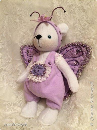 Сегодня я расскажу вам одну историю)))). Жила на свете маленькая белая медведица. И была у неё мечта... мечта стать бабочкой. Странное желание для медведя, неправда ли?))) все посмеивались над ней, ещё бы! Несбыточная мечта!))) фото 5