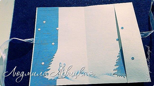 Здравствуй, Страна! Родилась третья открытка к Новому году... Опять в сине-голубых тонах. (Что-то меня потянуло на голубое....). Основа-бумага для акварели+белый кардсток, акриловые краски голубого и белого цвета. Идею подсмотрела где-то в интернете, но добавила много своего. Вот что получилось... фото 3